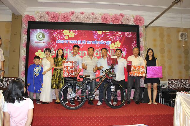 CB-NV may mắn trúng giải nhì với chiếc xe đạp thể thao
