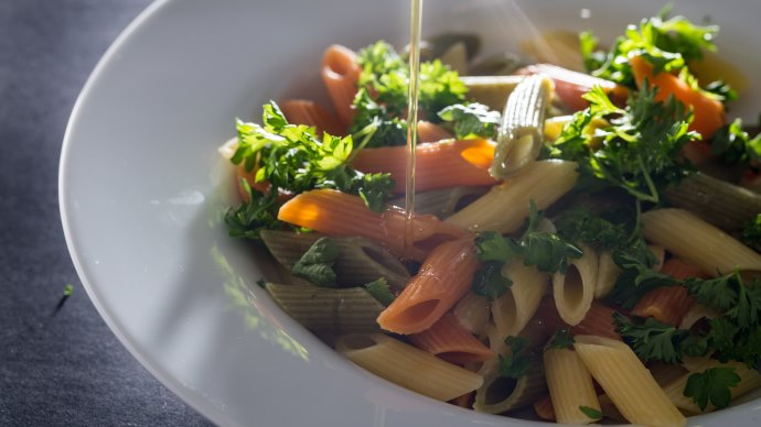 Wallpaper: Tasty Pastas with Olive Oil
