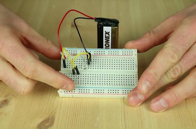 Cara Membuat Sensor Sentuh Sederhana Untuk Menyalakan Lampu
