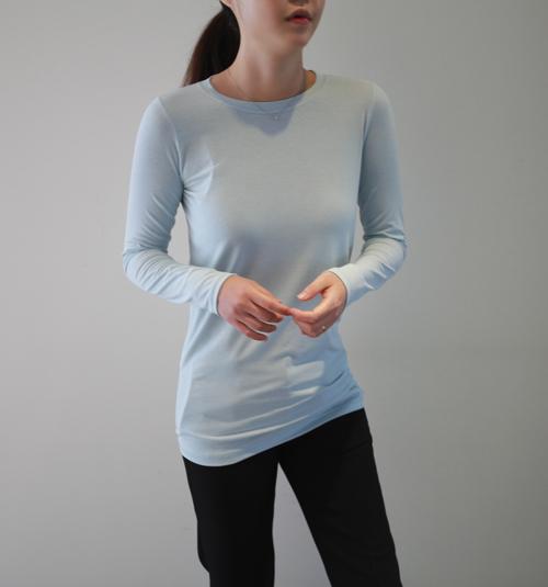 Basic Fit Hip Hem T-Shirt