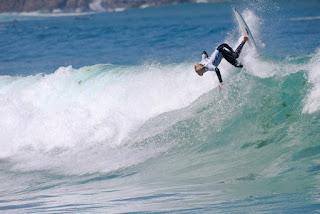 10 Ethan Ewing AUS Pantin Classic Galicia Pro foto WSL Laurent Masurel