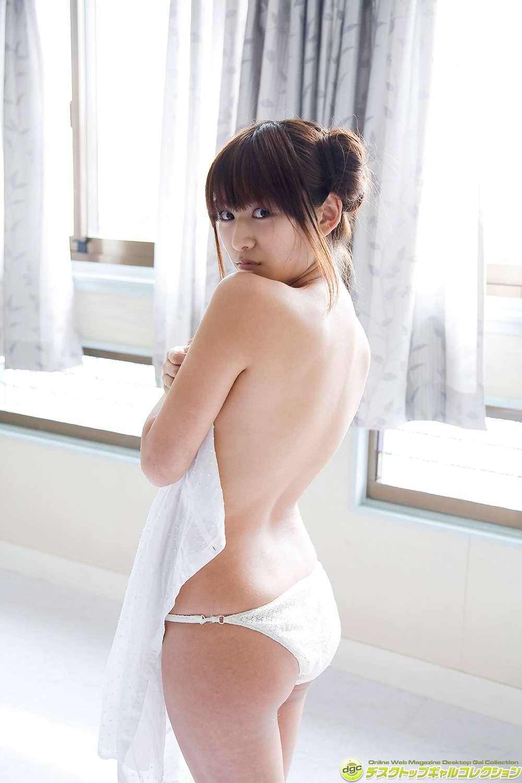 鎌田奈津美 ビキニ画像 18