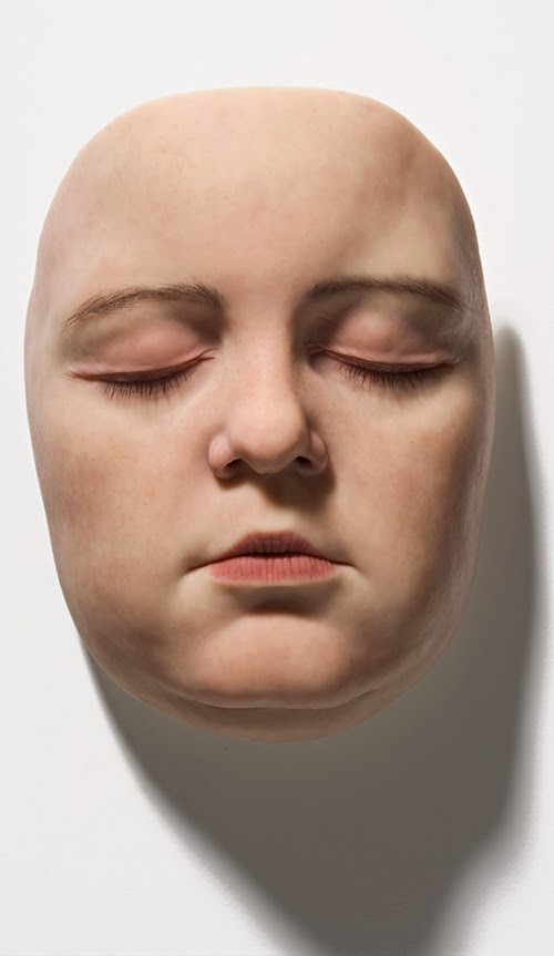 07-Sam-Jinks-Photo-realistic-Sculptured-People-www-designstack-co