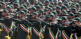 إيران تحذر: أيادينا على الزناد وصواريخنا جاهزة للإطلاق