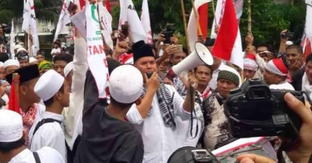 Ide 1 Juta Bambu Runcing dari Ahmad Dhani di Aksi Bela Islam III