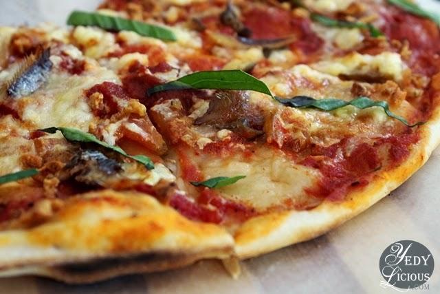 Marinara Pizza  / Pomodoro Pizza Kapitolyo Pasig
