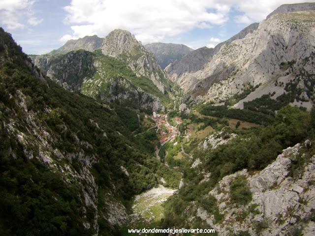 Vía ferrata de la Hermida (Cantabria)