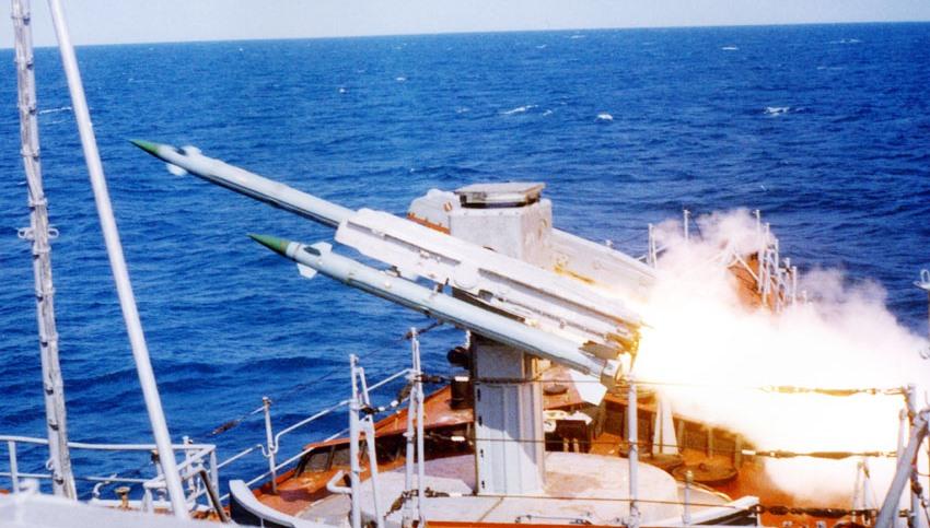 Пускова установка ЗИФ-122 корабельного ЗРК Оса-М