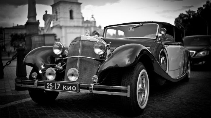 Wallpaper 2: Vintage Car