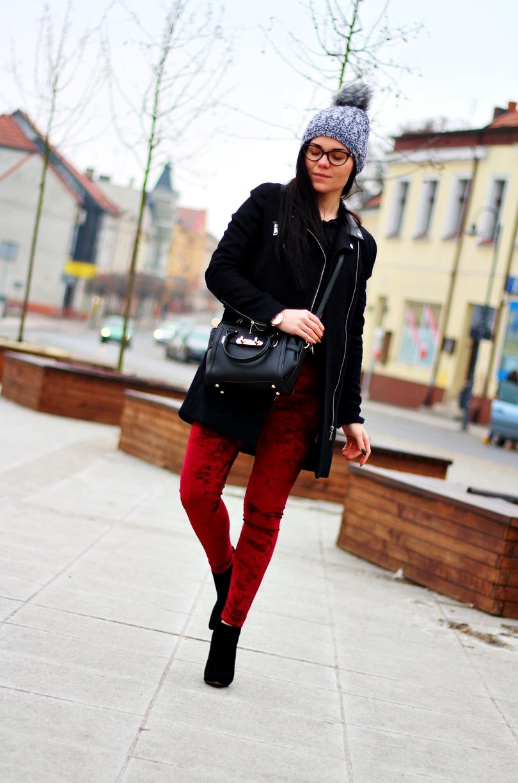 welurowe, legginsy, zara, szaleo, czapka, skórzana torebka, nucelle, szpilki, czarne, botki, fashion, lorus, bordowe, czarny płaszcz, zamkami,