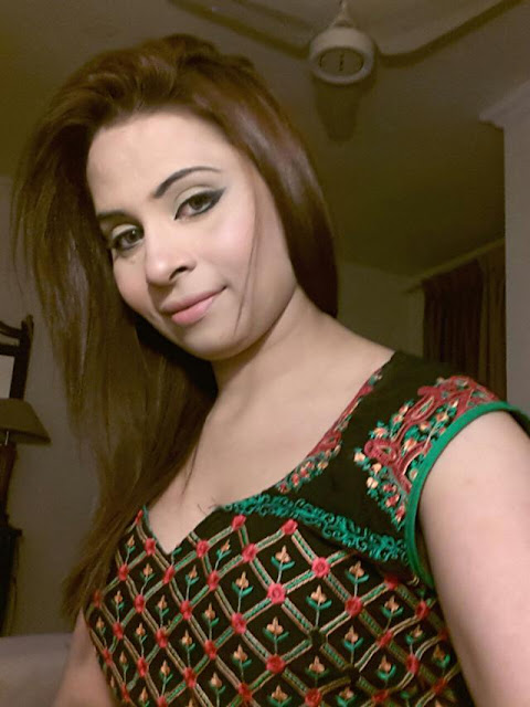 Pakistani House Wife Escort In Dubai