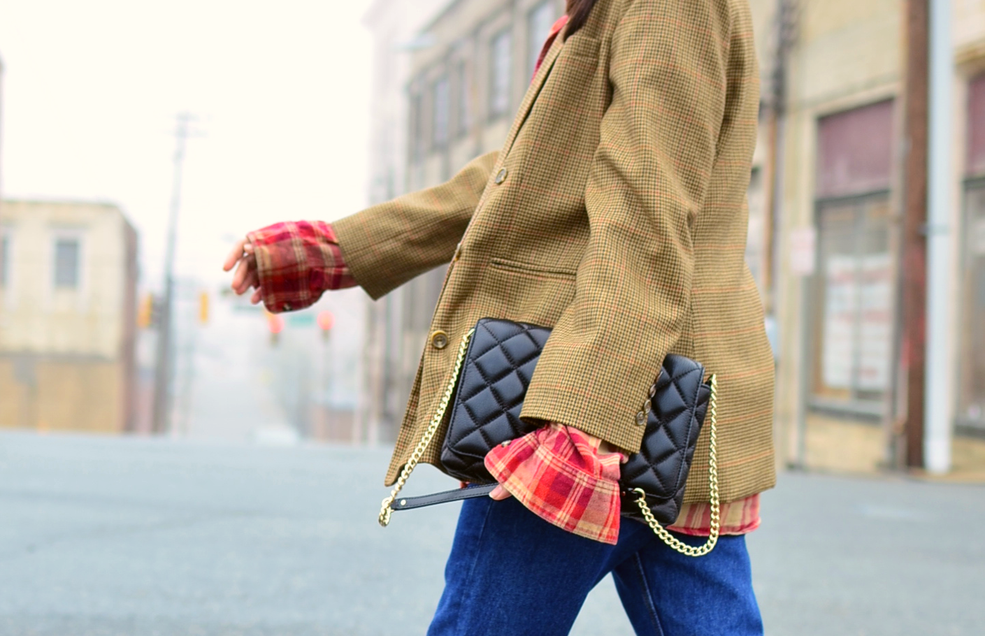 Mixing plaids fashion trend