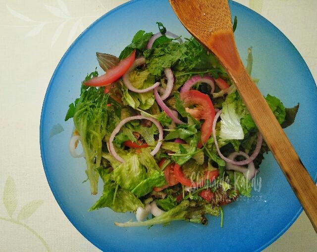 kami suka makan sayur