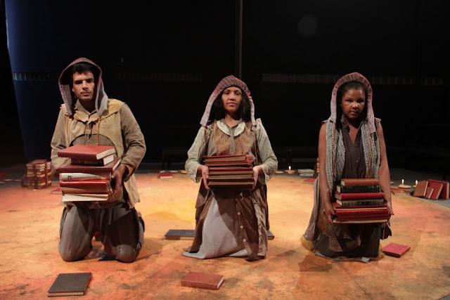 Companhia de Teatro Heliópolis   encerra temporada de Um Lugar Ao Sol