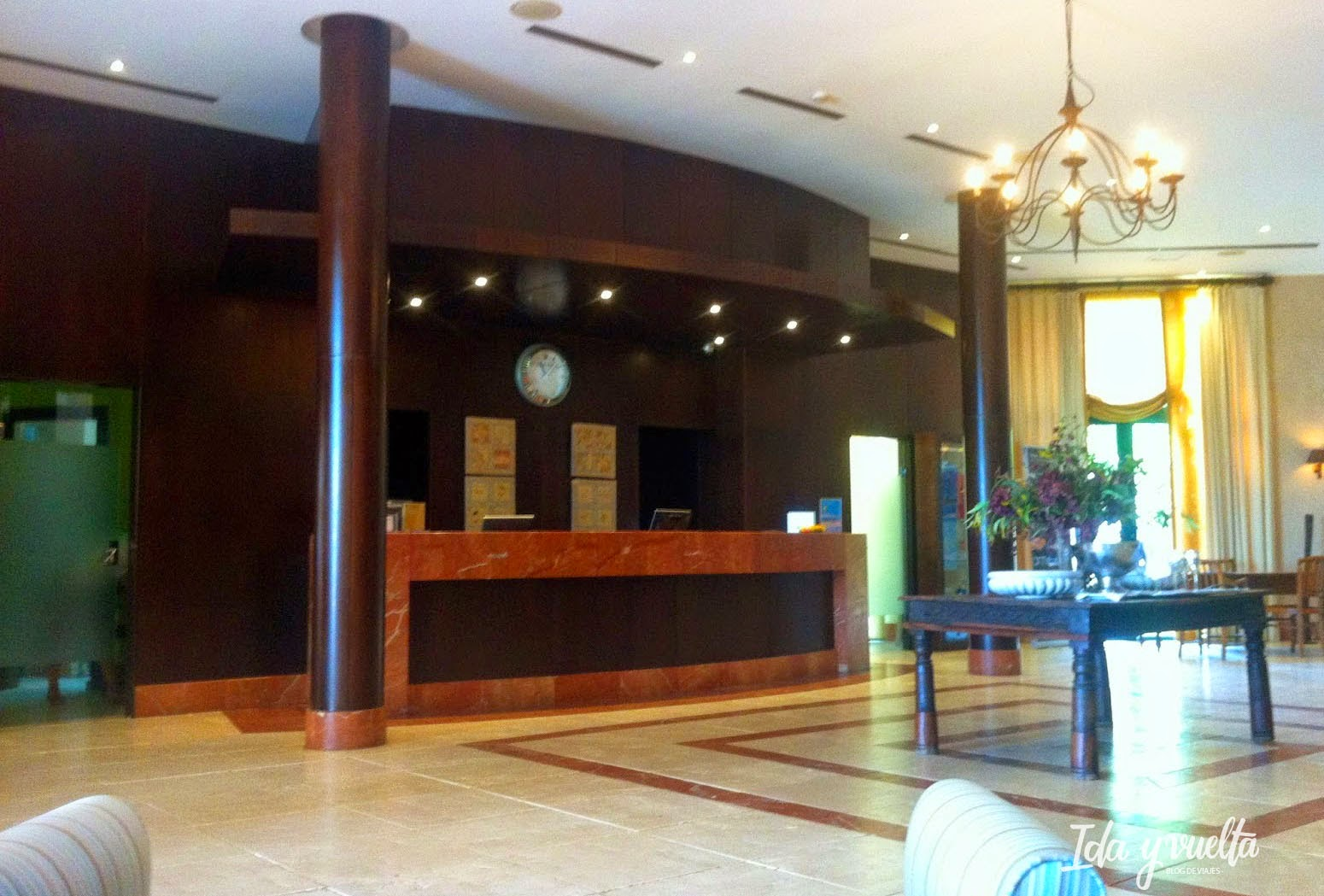 Hotel Almenara Sotogrande recepción