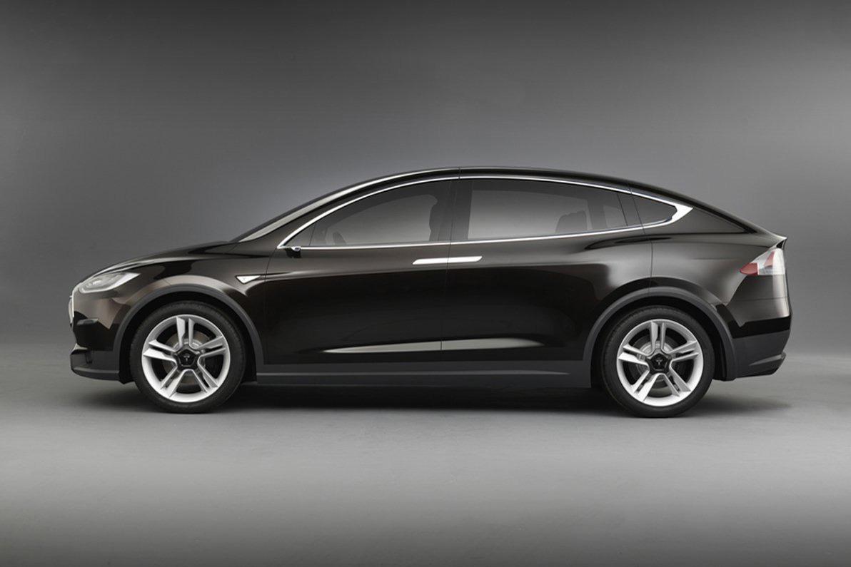 2013 tesla model x crossover first llok with video garage car. Black Bedroom Furniture Sets. Home Design Ideas