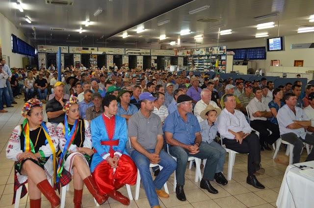 Reunião de Campo 1٥ Semestre da Coamo em Roncador