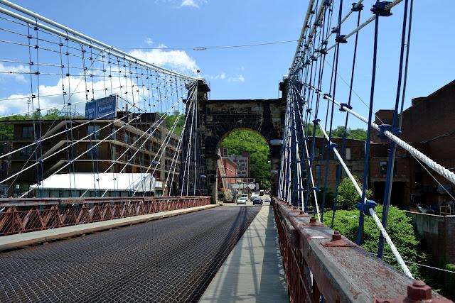 Підвісний міст у Вілінг, Західна Вірджинія (Wheeling Suspension Bridge, West Virginia)