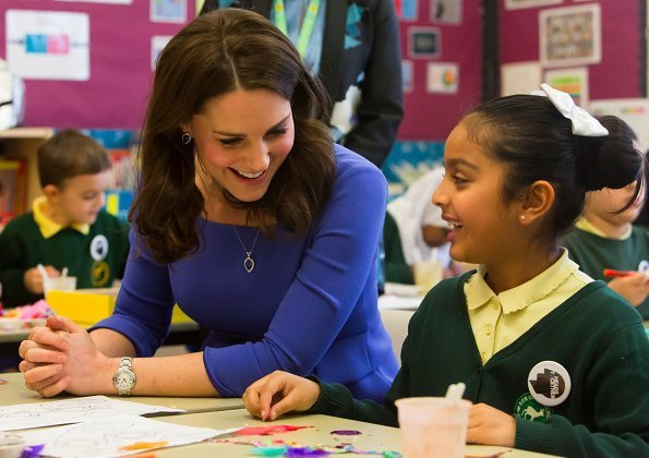 Duchess Catherine visited Roe Green Junior School in Brent ...