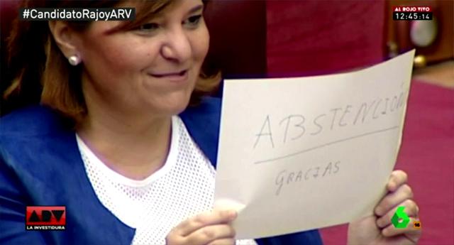 La líder del PP de Valencia se mofa del PSOE en Les Corts