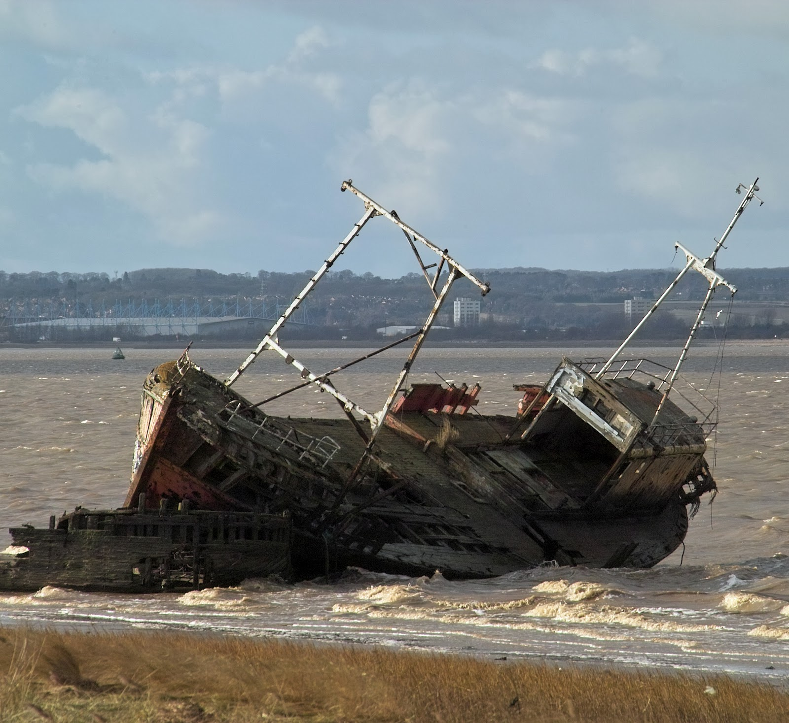 Hey, I Abandoned That!: Shipwrecks Of The World