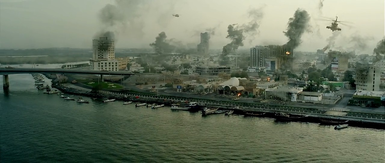 Airlift (2016) 4
