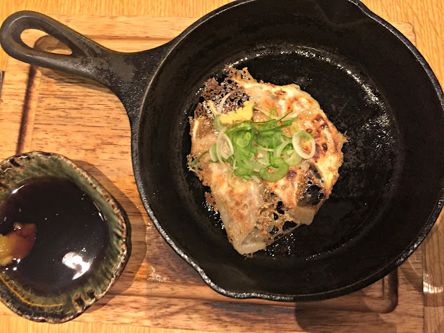 frying pan with chinese omelette