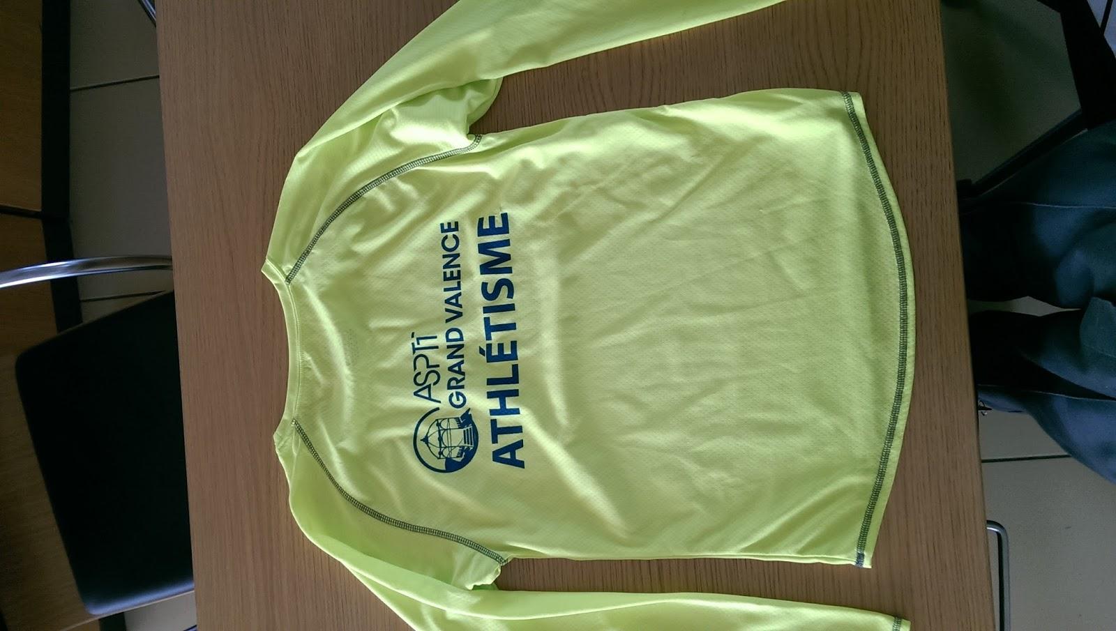 Les coureurs de l 39 asptt grand valence l 39 asptt vous propose tshirt et gilet aux couleurs du club - Le plateau des couleures valence ...