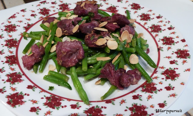 Salade de haricots verts aux gésiers confits