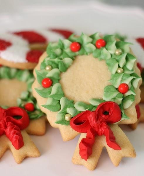 Receta-de-Galletas-de-Corona-de-Navidad-usando-la-punta-352