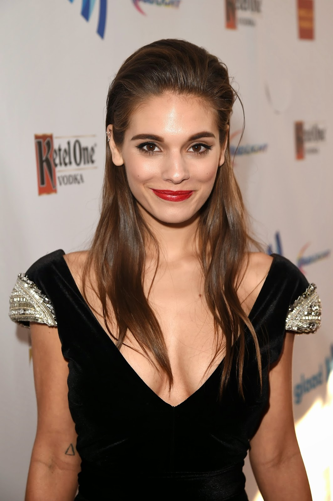 Cleavage Caitlin Stasey naked (41 pics), Is a cute