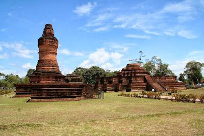 Teori-Teori Masuk dan Berkembangnya Agama dan Kebudayaan Hindu-Buddha ke Indonesia