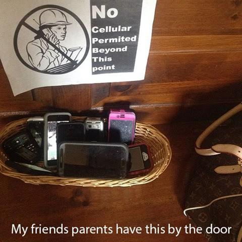 25 Pictures That Prove Technology Is Ruining Society - Some people are catching on and trying to put a stop to it!