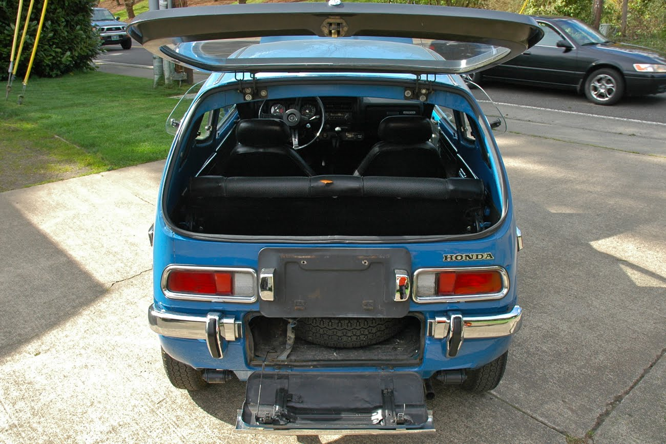 Motorcycle Dealers In Ma >> OLD PARKED CARS.: 1972 Honda Z600 Coupe.