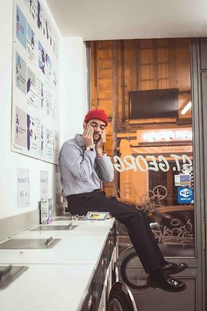 Pour un premier EP, Abel Orion frappe fort avec Late Night Music et ses rythmes pop électro ravageurs à souhait