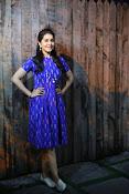 Rashi khanna new dazzling photos-thumbnail-7