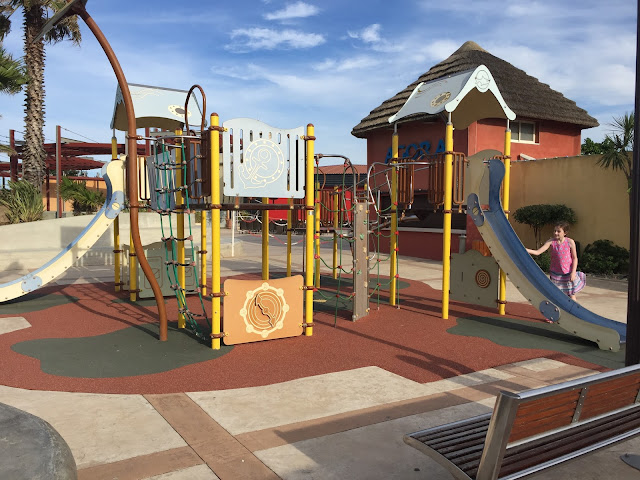 playground at le brasilia