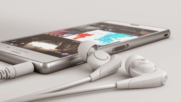Wallpaper 5: Sony Xperia Z3 Headphones