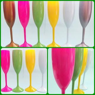 taças de acrílico personalizadas coloridas para lembrancinhas casamento