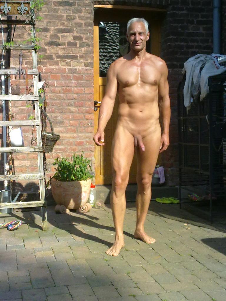Backyard Boys  Nude Girls Sexy Images-8646