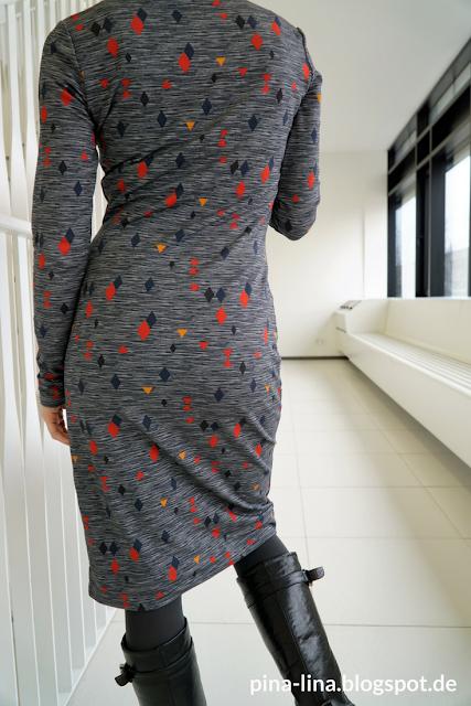 Stoffsparwunder: Jerseykleid von hinten