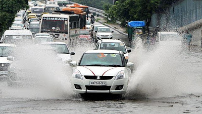 heavy-rain-causes-water-logging-traffic-snarls-across-delhi