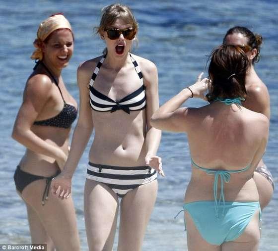 taylor swift sexy bikini pics 04