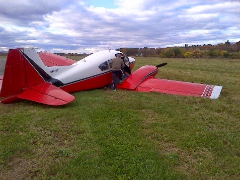 Kathryn's Report: Piper PA-23-160 Apache, N4462P, Beverly Flight