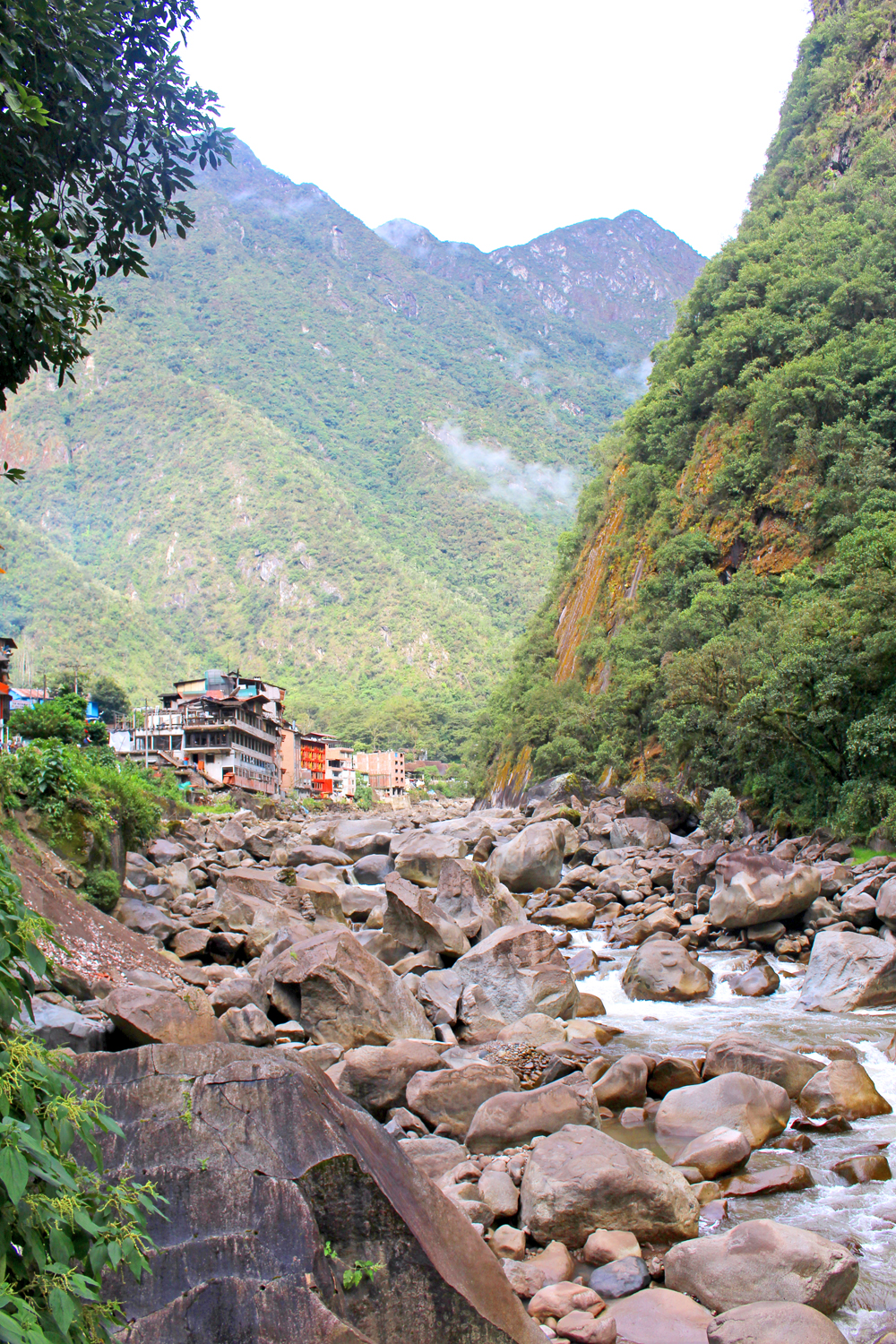 Hot stones at Aguas Calientes, Peru - lifestyle & travel blog