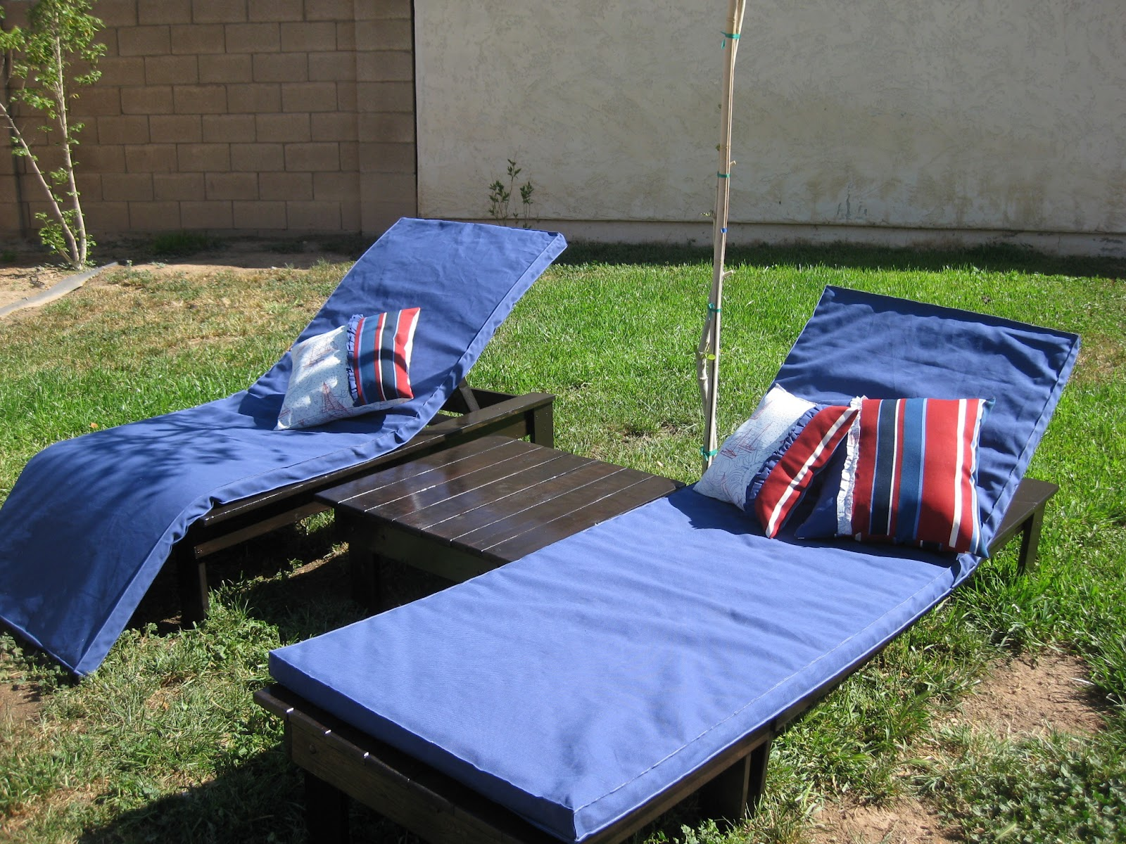 Zigzags And Blossoming The Multi Way Patio Lounger