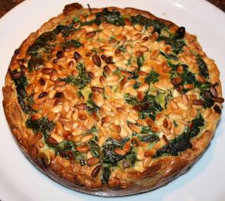 recepten; recept; hoofdgerecht; hoofdgerechten; quiche; hartige taart; spinazie; vegetarisch;