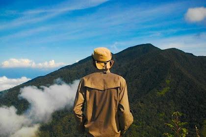 7 Puncak Gunung Tertinggi di Pulau Sumatera