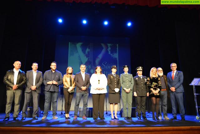 El Ayuntamiento entrega a Nieves Viña, Lorena Báez y Patricia Hernández el título de Mujeres Destacadas del Municipio