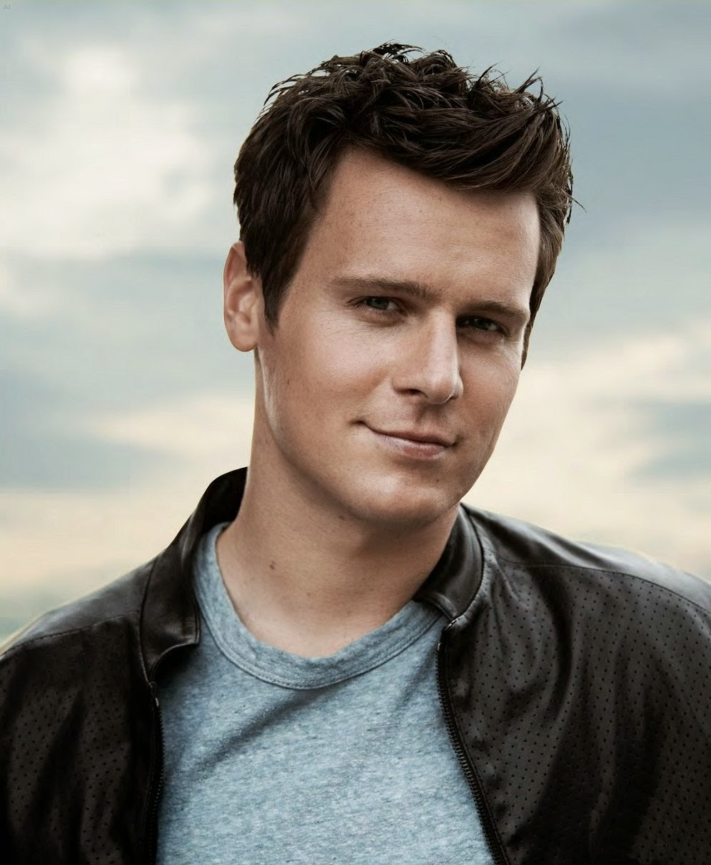 jonathan groff - photo #24